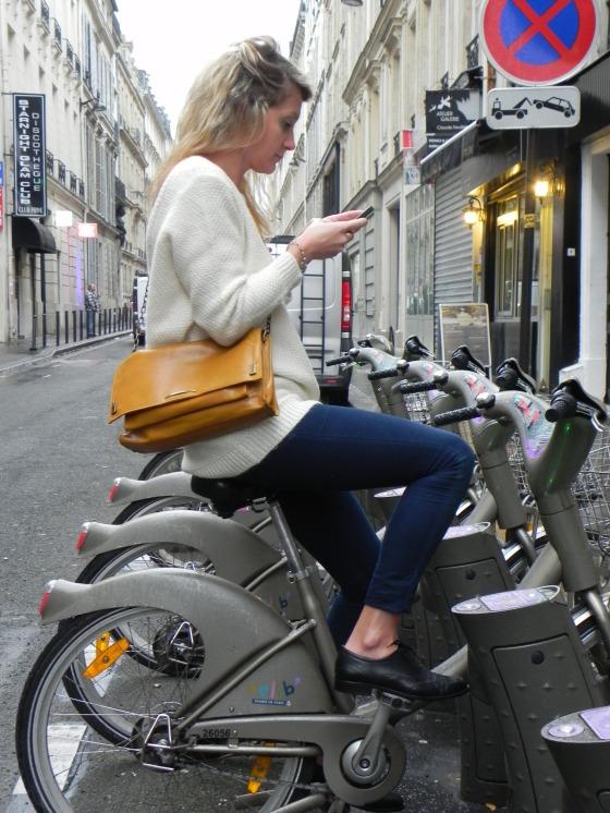 Sweater - Bag - Shoes BA&SH / Jean - H&M